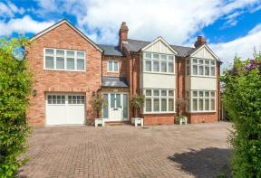 Photo of Byfield Road, Woodford Halse, Daventry, Northants, NN11