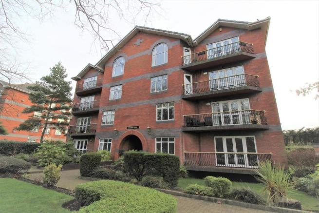2 bedroom apartment for sale in Mossley Hill Drive ...