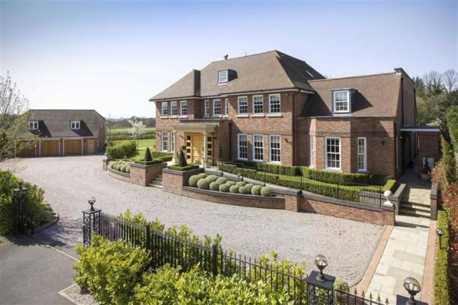 7 Bedroom Detached House For Sale In Beech Hill Hadley