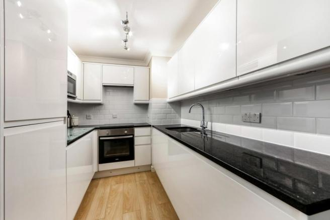 Kitchen (Semi Open Plan)