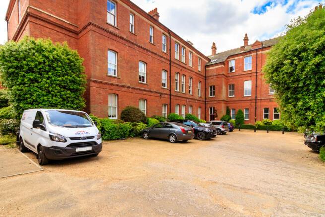 3 Bedroom Flat For Sale In Tavistock House Rosebury Square