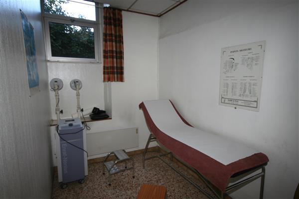Massage room/Salle de massage