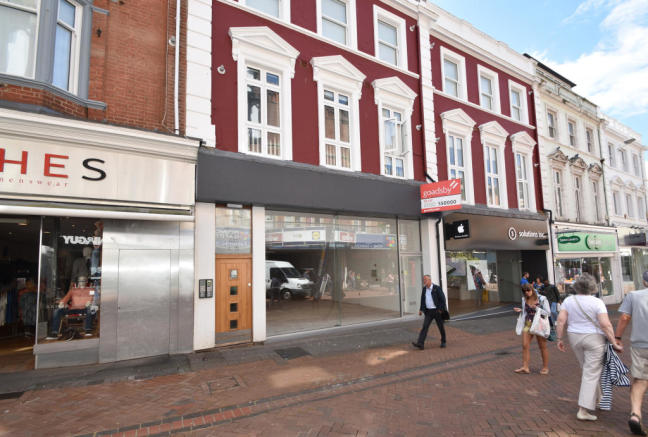 Shop To Rent In 84 Old Christchurch Road Bournemouth Dorset BH1