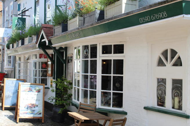 Restaurant To Rent In LYMINGTON Hampshire SO41