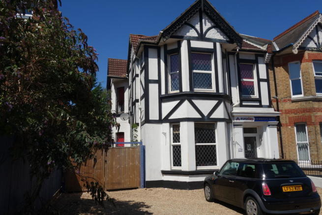 10 Bedroom Hotel For Sale In BOURNEMOUTH Dorset BH8