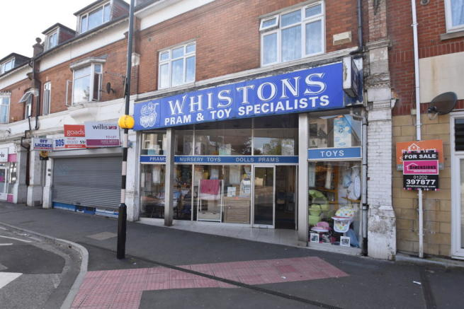 Shop To Rent In 19 Sea Road Boscombe Bournemouth Dorset BH5 1DH