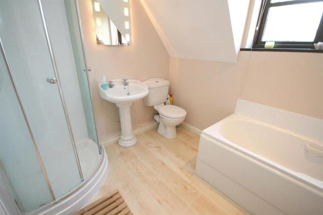 Family Bath & Shower Room.