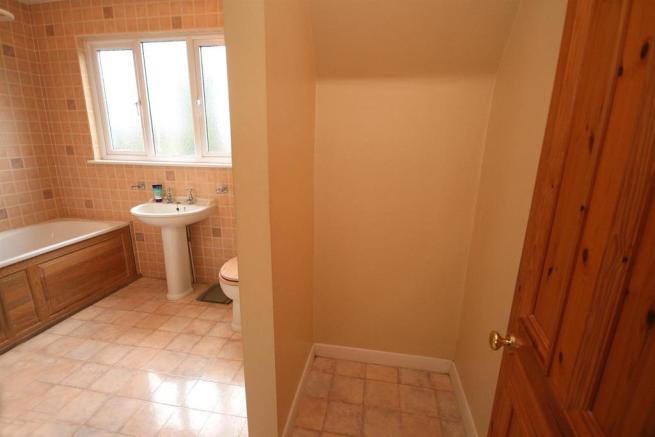 Bathroom with Recess for Shower