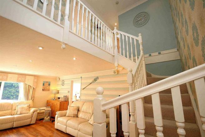 Balustraded Staircase