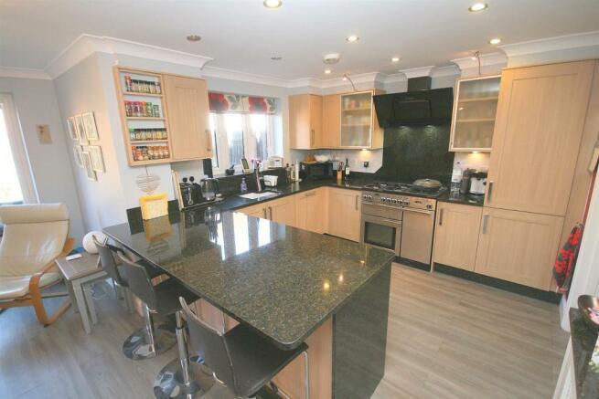 Kitchen Breakfast Room.