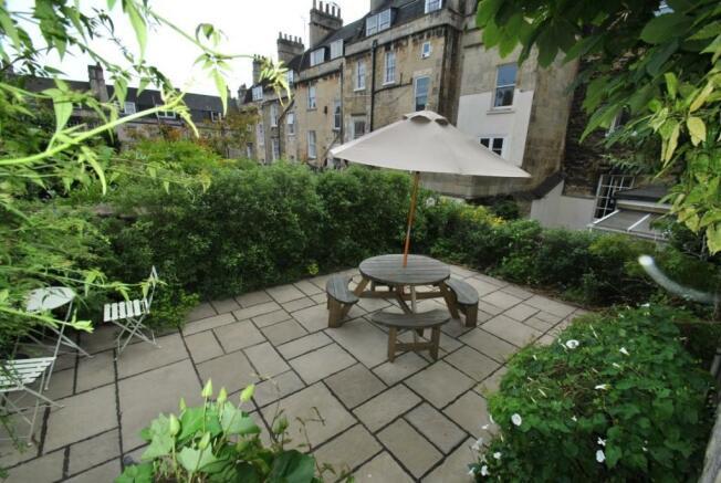 Picture of garden Brunswick Place garden flat
