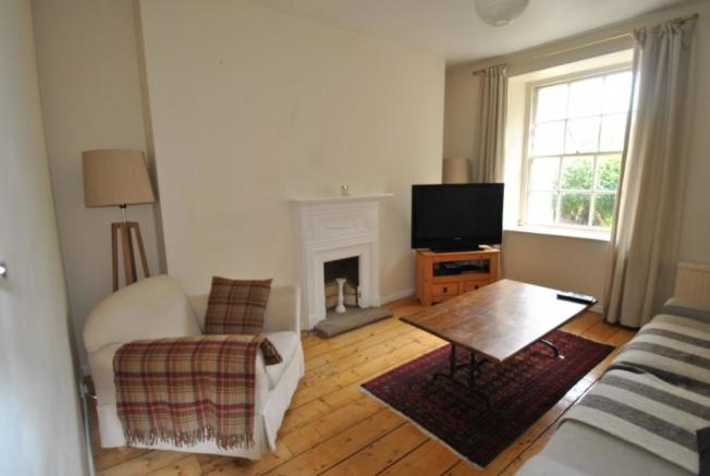 Picture of sitting room Brunswick Place garden flat