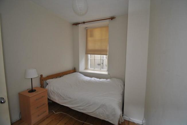 Picture of bedroom 2 Brunswick Place garden flat