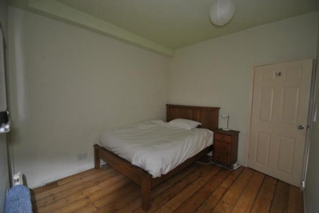 Picture of bedroom 1 Brunswick Place garden flat