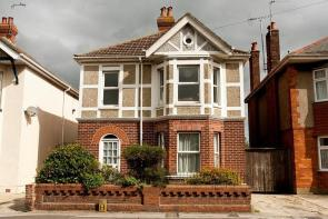 Photo of ENSBURY PARK ROAD - FIVE BED STUDENT PROPERTY