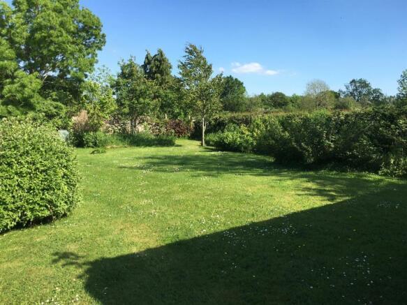 Sunny Hill Garden
