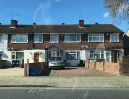 Photo of Allenby Road, Southall, UB1