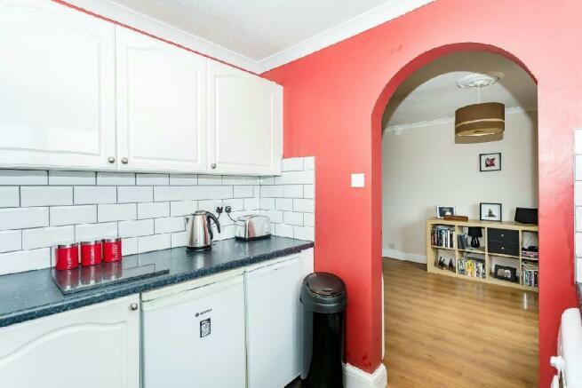 4th Photo of Kitchen