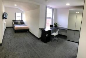 Photo of 1110 PERSHORE RD , ROOM 3