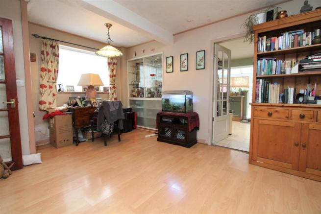Family Room/Study Area.JPG