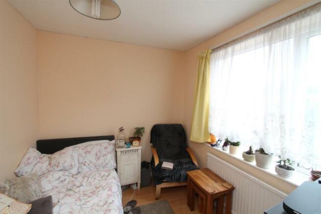 Comet Bedroom One.JPG