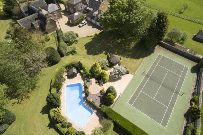 Sqimming Pool and Tennis Court