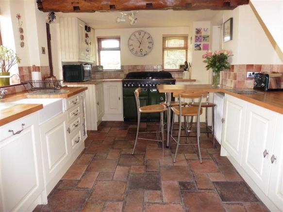 Kitchen (front)