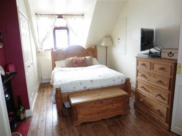Bedroom 1 (through)