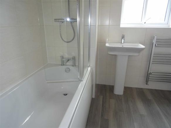 Fully tiled bathroom (front)