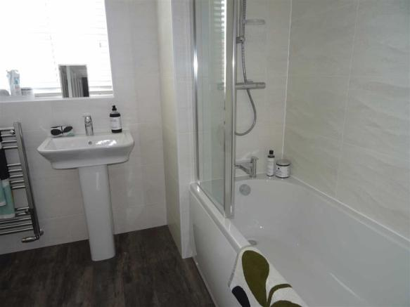 Modern bathroom (front)