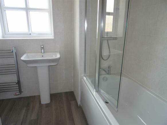Fully tiled bathroom (front)