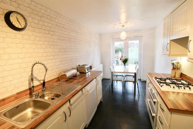 Kitchen Diner.jpg