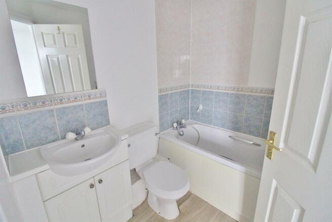 Bedroom 1 - En-Suite