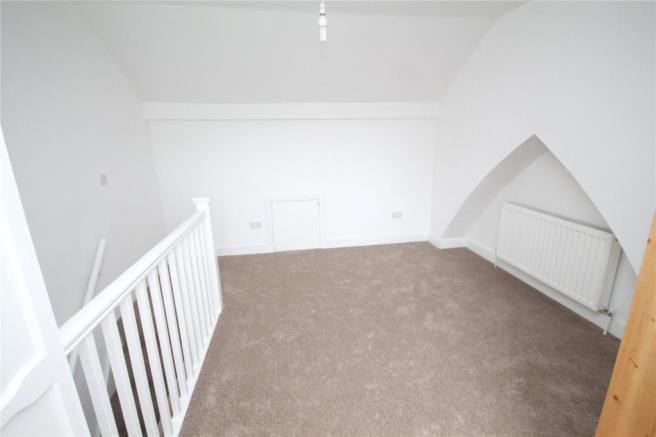 Atic Bedroom 3