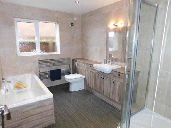 Bath Shower Room 1