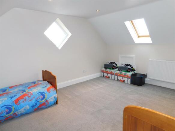 Bedroom 3x2