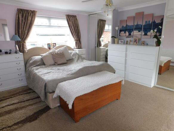House - Bedroom