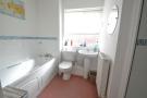 E/s Bath/Shower Rm