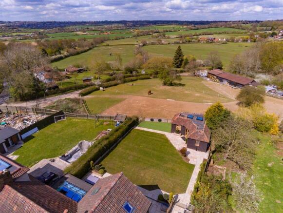 3 Hilltop cottages  aerial (18).jpg