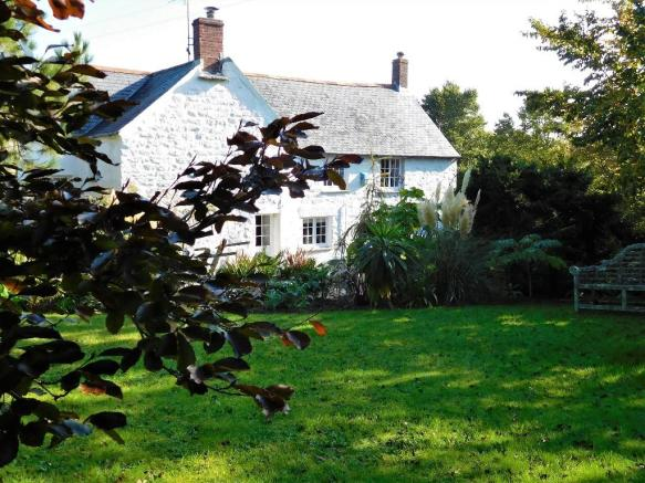 a5455b09273fac 5 bedroom farm house for sale in TR12