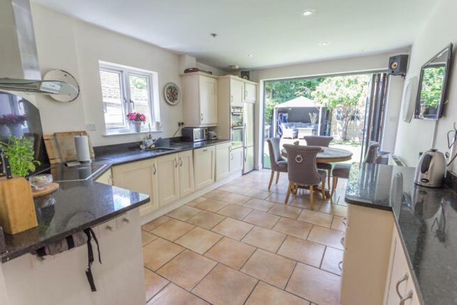 Kitchen/diner with granite tops