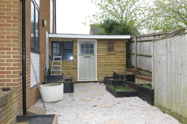 Attached home office/annexe