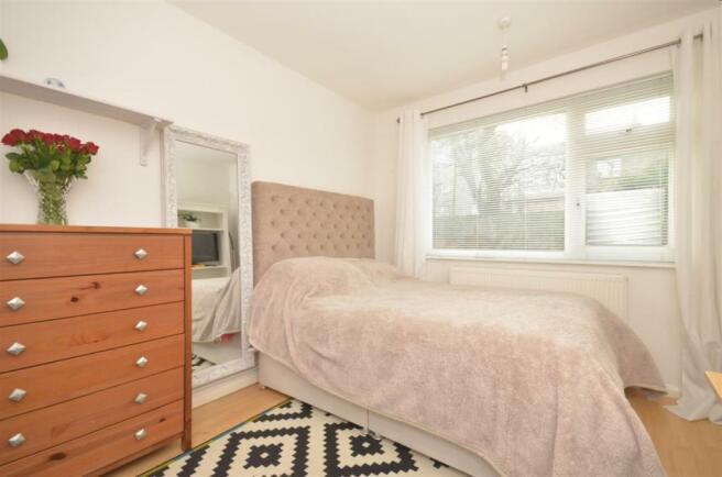 Sea Front bedroom 1