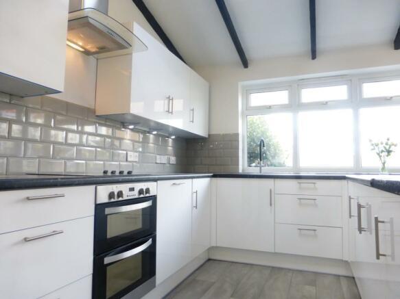 7 Lindley kitchen
