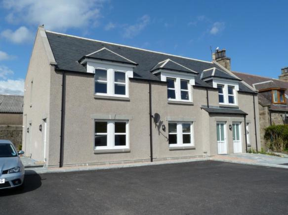 4 Station Road, Dyce - Exterior