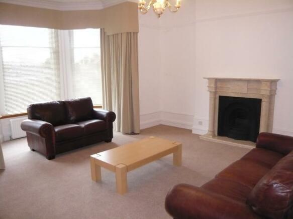 62 Hamilton Place - Lounge