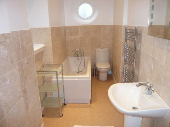 62 Hamilton Place - Bathroom
