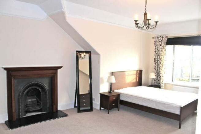 68 hamilton - Master bedroom