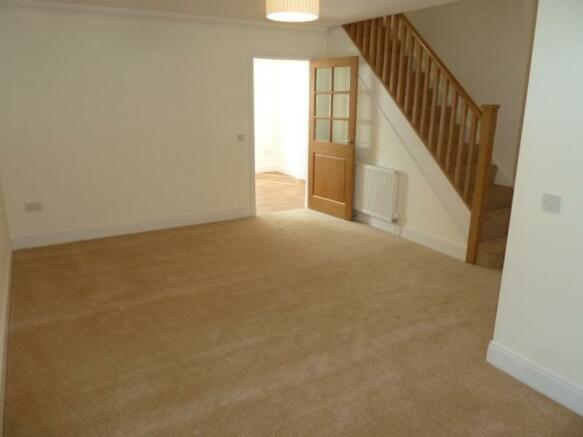 2 Laurel House living room 1