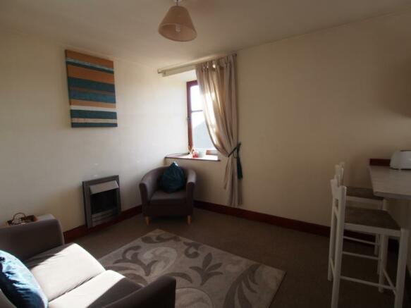 025 Livingroom